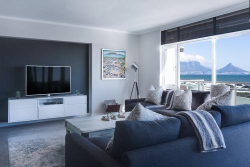 A chick modern living room